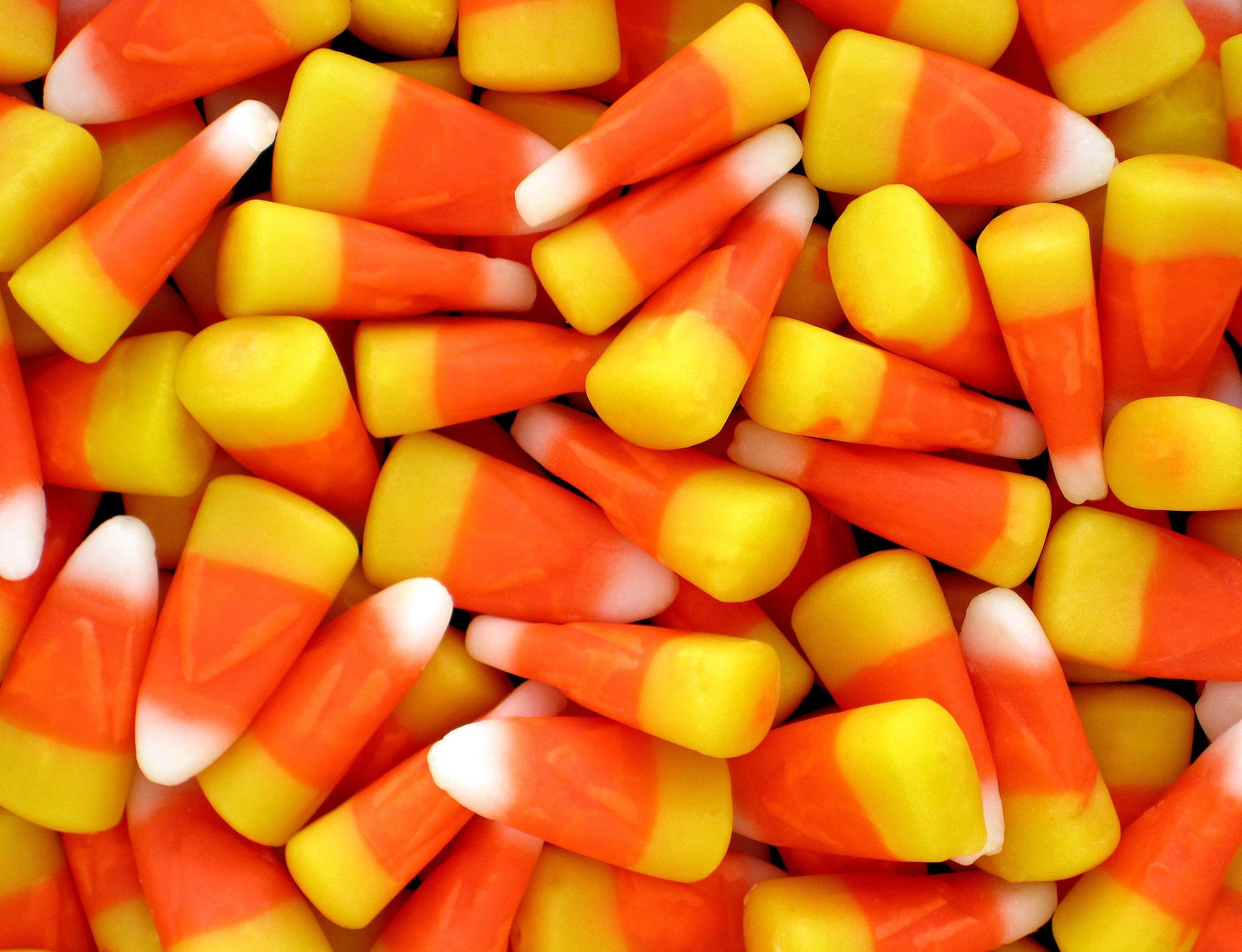 2048px-Candy-Corn
